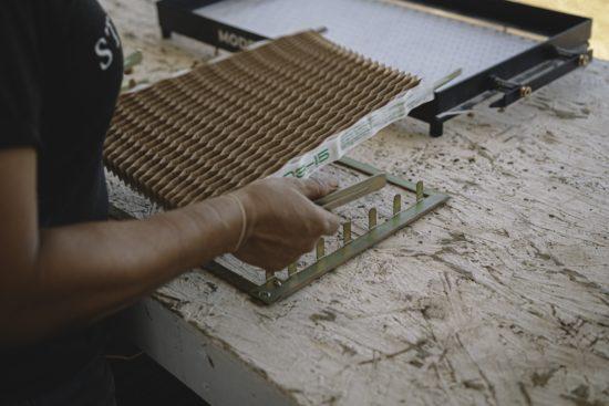 Paperpot Spreader Frame